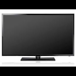 """Samsung 22"""" TV - perfect kitchen or extra monitor!"""